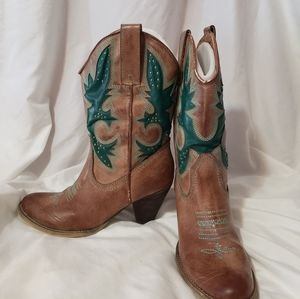 Teal and tan healed cowboy boots